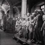 Le sculture del Louvre ricoverate