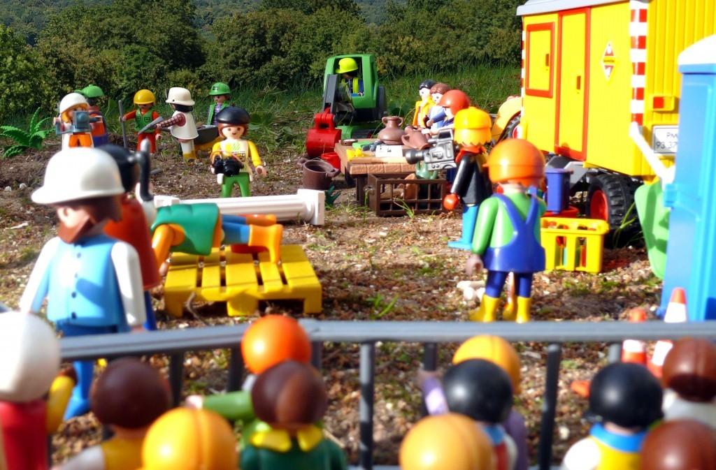 Cantiere archeologico playmobil, con tanto di Umarells